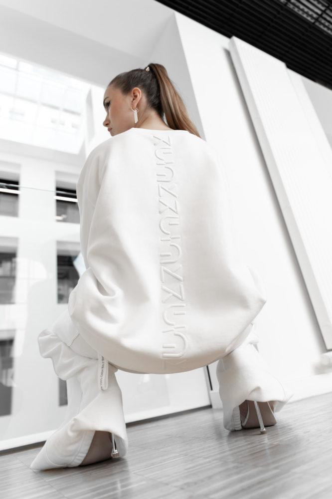 pull oversize unisexe sweat coton bio blanc broderie dos 3D